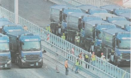 Quei camion tutti blu